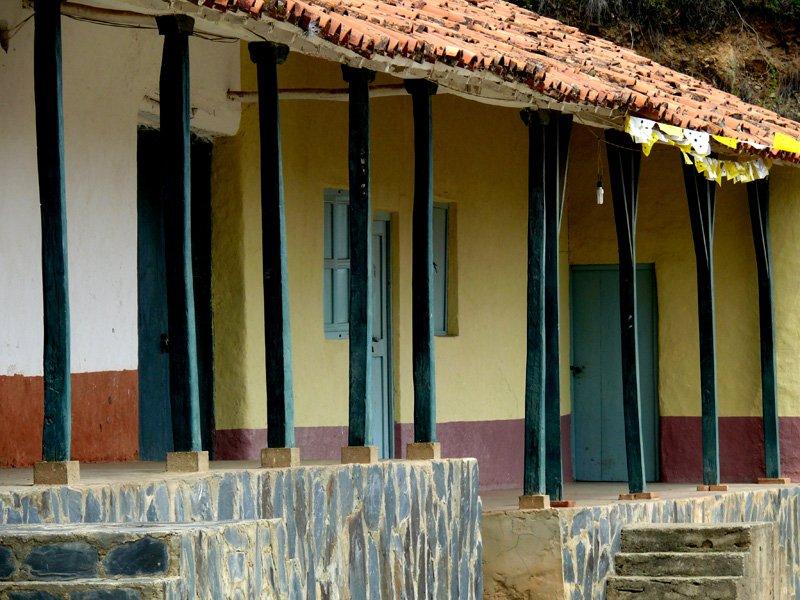 2008-07-06-10h54m31-jlc_pueblos-del-sur_pueblos_acequias_san-pedro